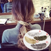 Retro Style Feather Shaped Hair-pin