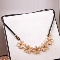 Fashion Flower-shaped Opal Pendant Necklace