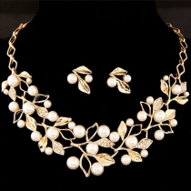 Fashion Faux Pearl Rhinestone Branch Necklace and Earrings Set