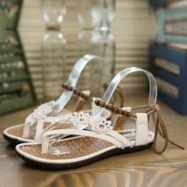 Bohemian Style Flowers Hand-beaded Flat Heel Thong Sandals