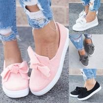 Fashion Flat Heel Round Toe Bowknot Slip-on Shoes