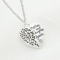 Fashion Heart Pendant Alloy Necklace
