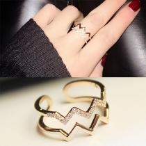 Fashion Rhinestone Inlaid Wavy Shaped Ring