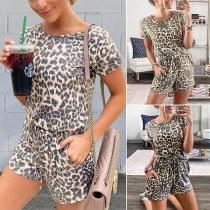 Fashion Leopard Printed Short Sleeve T-shirt + Shorts two-piece Set