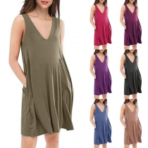 Simple Style Sleeveless V-neck Front-pocket Loose Tank Dress