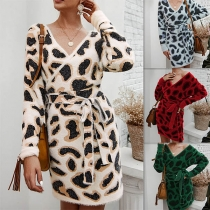 Sexy V-neck Long Sleeve Slim Fit Leopard Prinfed Knit Dress