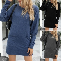 Simple Style Long Sleeve Round Neck Front-pocket Solid Color Dress