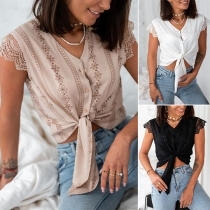 Sexy Lace Spliced Short Sleeve V-neck Knotted Hem Solid Color Top