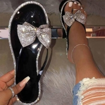 Sweet Style Flat Heel Round Toe Rhinestone Inlaid Bow-knot Outdoor Slippers (The size falls small)