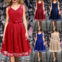 Elegant Solid Color Sleeveless Round Neck High Waist Lace Dress