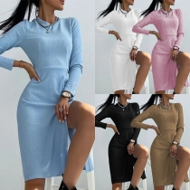 Simple Style Long Sleeve Round Neck Slit Hem Solid Color Slim Fit Dress