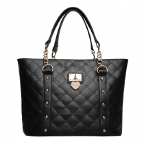 Fashion Luxury Hardware Chains Quilted Studded Handbag Shoulder Bag