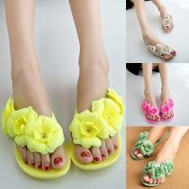 Fashion Style Solid Color Camellia Shape Flat Heel Flip Flops
