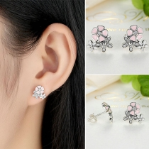 Fashion Rhinestone Inlaid Flower Shaped Stud Earrings