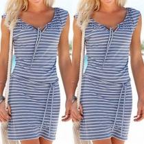 Fashion Sleeveless V-neck Slim Fit Striped Dress