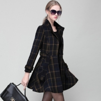 British Style Single-breasted Plaid Woolen Coat with Sash