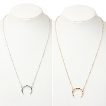 Simple Style Crescent Pendant Alloy Necklace