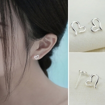 Simple Style Hollow Out Heart-shaped Alloy Stud Earrings