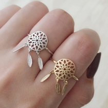 Fashion Feather Pendant Hollow out Alloy Ring