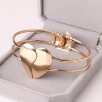 Fashion Gold-tone Heart Bracelet