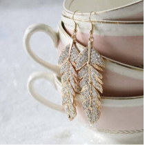 Elegant leaf woman earrings