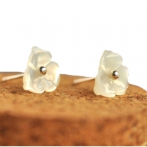 Simple Elegant Sweet 3D Daisy Studs Earrings